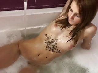 Fucked in bath vid Beauty fucked in bath