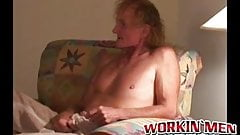 Mature homo raw fucks his old friend and cums on his face