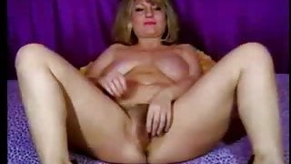 Hot MILF With Big Saggy Natural Tits On Webcam - CoViD-88