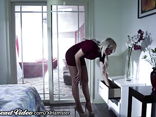 Hot lesbians moms Step-daughter comes out to hot mom nina elle