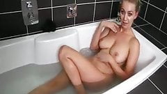 Roommate Bathing JOI