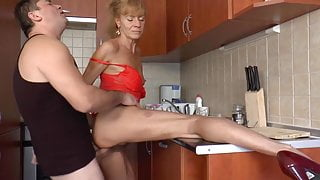 Gorgeous granny well fucked in kitchen