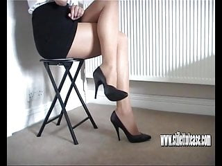 Sexy legs hot pic Hot babe teases her long sexy legs and tapered high heels
