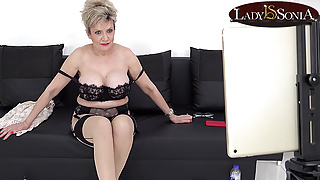 Lady Sonia has some JOI fun on her live stream
