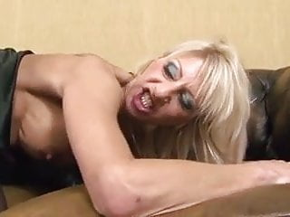 Old old sluts tubes - 2 old sluts analsex with 2 black cocks
