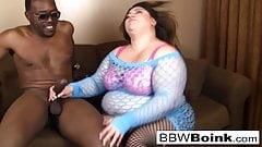 Busty BBW uses her hot blowjob skills on a BBC