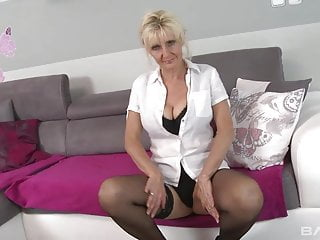 Old saggy tits videos - Blond mature with saggy tits fuck