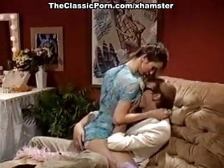 Jessica beal porn - Jessica wylde, jon martin in extremely hot vintage porn