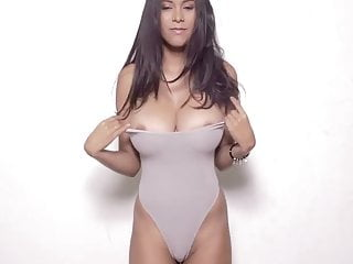 Unzip big boobs Big ttis unzip