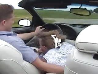 Gwen amateur Gwen sucks her man in the car