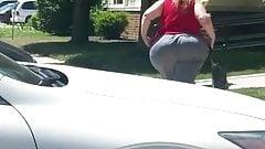 Mega big booty pear granny