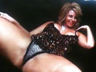 Hot mature woman free videos Hot mature woman need to fuck