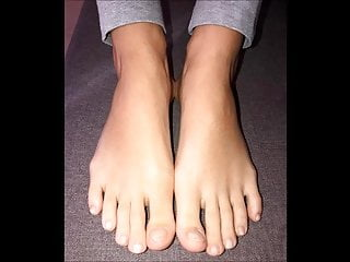 Foot model sexy Chrysas new model sexy size 40 feet
