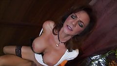 Deauxma Slut Wife In Bar