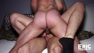 Orgy, Diego goes to a bar to get pounded