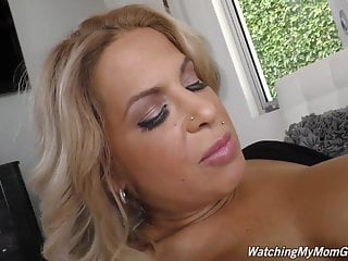 Posh matures Posh mature mom alyssa suck and fuck black boy