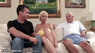 Mature Amateur Assfucked as Husband Watches