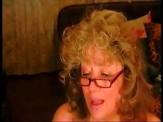Breast and touching - Hot old mom show her huge breast and butt on cam