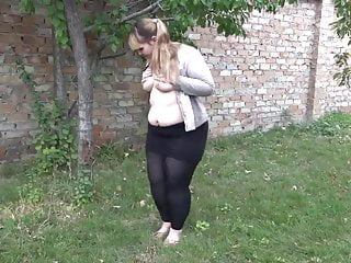 Bbw video peeing Sbb - chubby pee