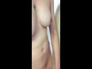 33 hz orgasm Selfie 33