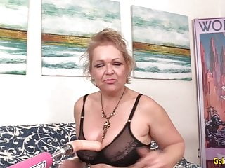 Fuck climax - A fucking machine makes horny grandma kelly leigh climax