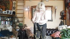 Goldenpussy 86, Hairy Mom, Mature, Granny, Milf