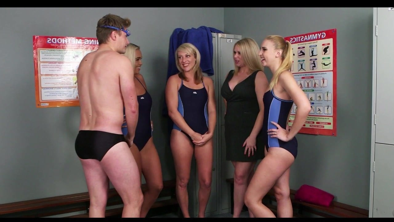 Free download & watch guy joins the swim team          porn movies