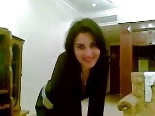 Gorgeous babe naked Gorgeous arab girl dancing naked