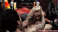 Inked bigtits goth dickriding in cowgirl