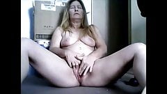 Mature mom masturbating and recording