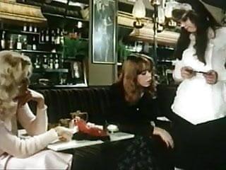 Sex in restaurant - Hurlyburly restaurant