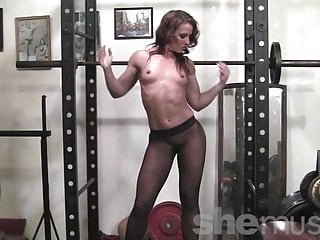 Porn oma posing - Fit porn legend inari vachs poses and works out