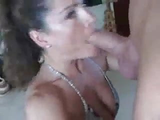 Muscle girl sex - Very fit muscle girl gives a great blowjob