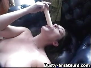 Jennifer anistin pussy Sexy jennifer toying her shaved pussy