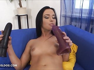 Her gapeing asshole - Babe fucking her asshole with two brutal dildos