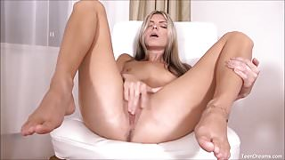 Gina Gerson Rubbing Her Own Pussy