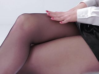 Mature strap video - Katy rose - strap on