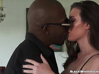 Ladies large bottoms Beautiful lady gets plowed by throbbing large black mamba
