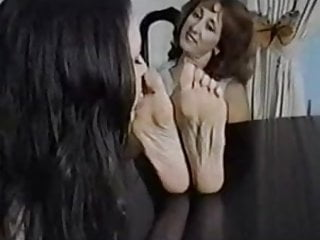 Fetish woman fingers A sweet girl worship older woman feet