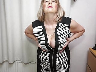 Wendy taylor milf video - British curvy mature lady jane playing with herself