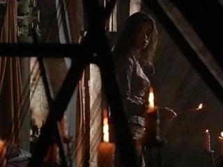 Koina mitra nude video Rhona mitra - beowulf