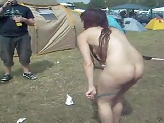 Teen am porn - Girl gets undressed at rock am ring