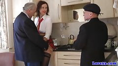 Mature skank picks up geriatrics for threeway