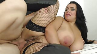 Delicious thick girl !!!