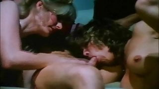 Classic Threesome Sex From Golden Age