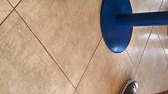 Игра с обувью