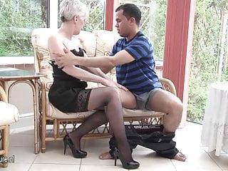 Fuck horny mature - Horny mature slut mom fucking a younger guy