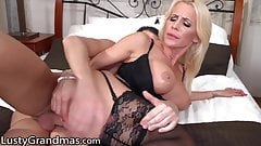 Sexy MILF Is Thirsty For Her Stepson's Big Cock & Cum