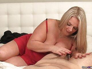 Big black dick throb Cum-hungry milfs got a throbbing dick in her hands