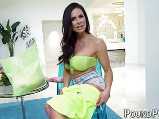 Reverse cowgirl sex photos - Busty milf kendra lust shows off reverse cowgirl sex in pov